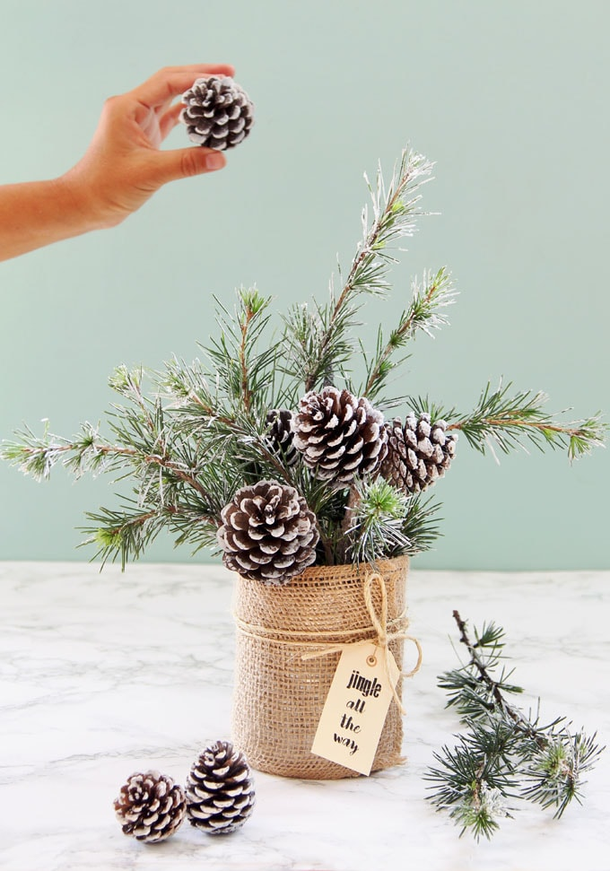 tree winter and christmas diy table decoration is almost free and only takes 10 minutes to make wouldnt it look beautiful in a farmhouse style home or
