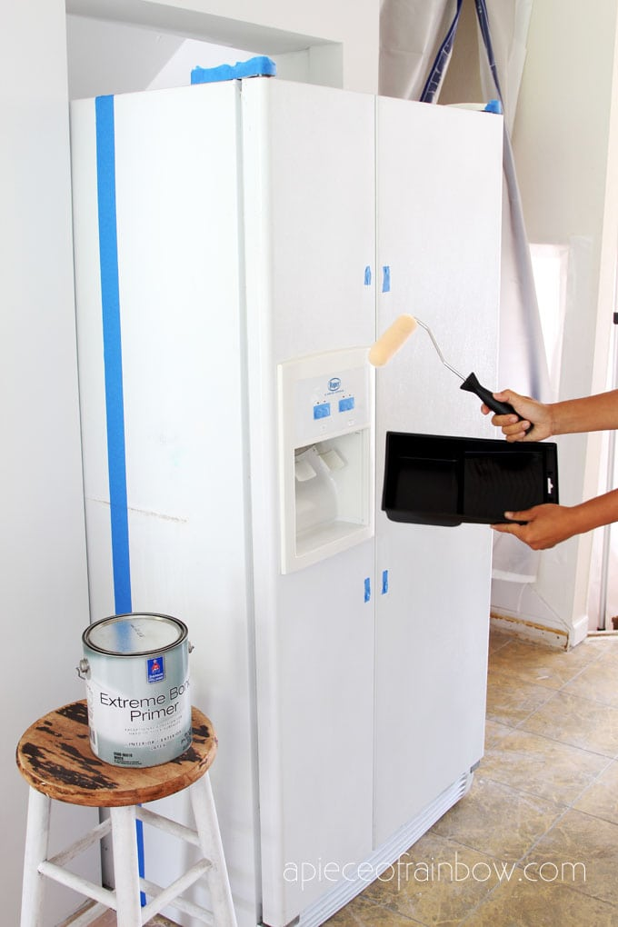 how to paint a fridge using a paint roller