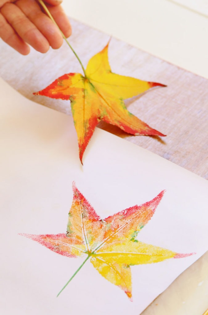 how to print with leaves on paper, great crafts for kids and adults for autumn, thanksgiving, and year round