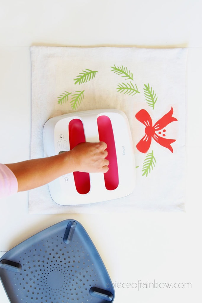 cricut easypress to iron christmas pillow case