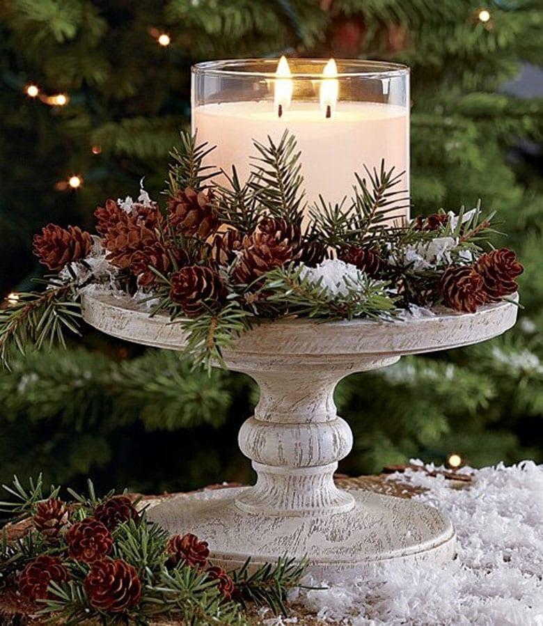Make farmhouse Christmas table decorations on a pedestal tray