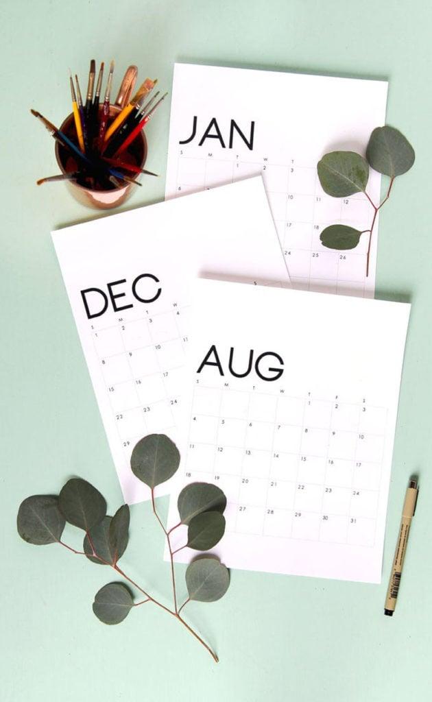 FREE  modern minimal 2020 monthly calendars & planners