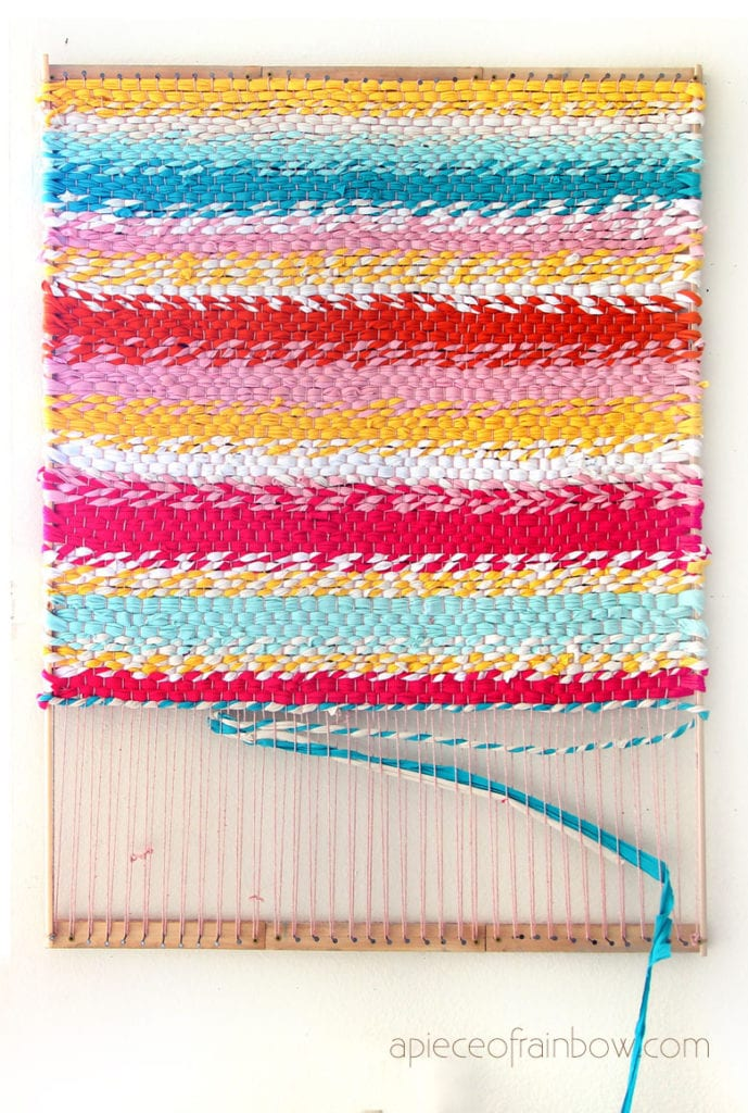 How to make a beautiful t-shirt yarn DIY rag rug
