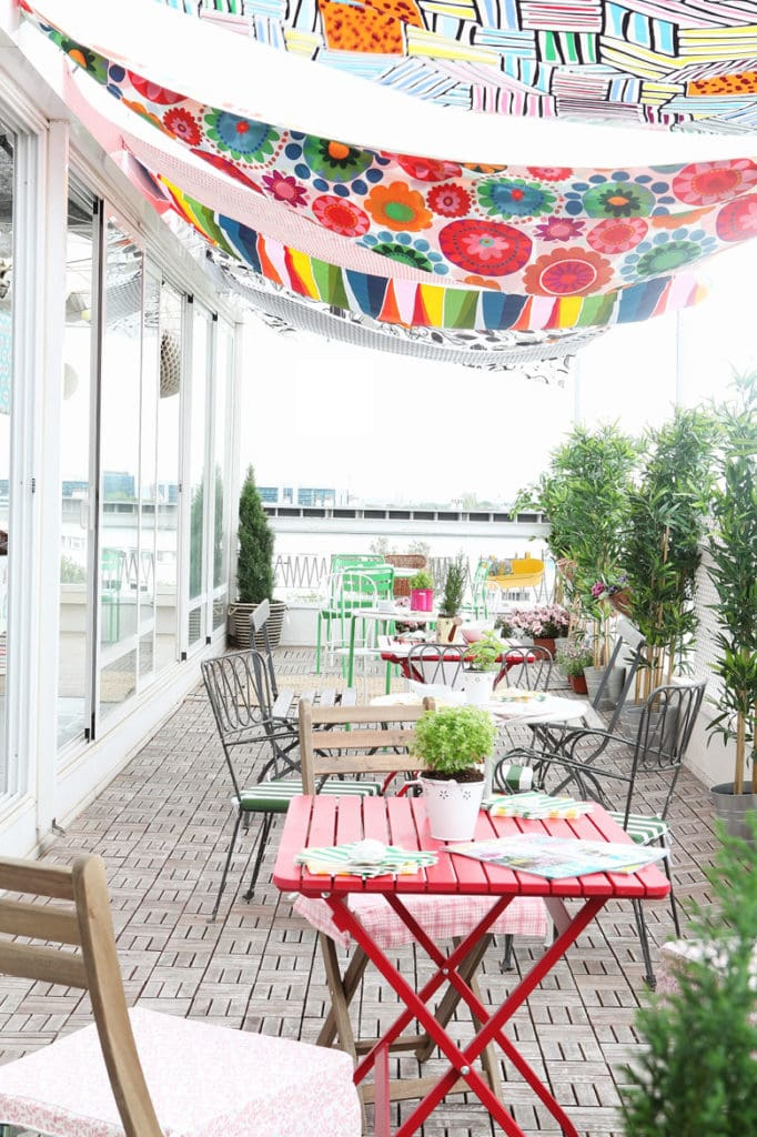colorful fabric patio shade ideas