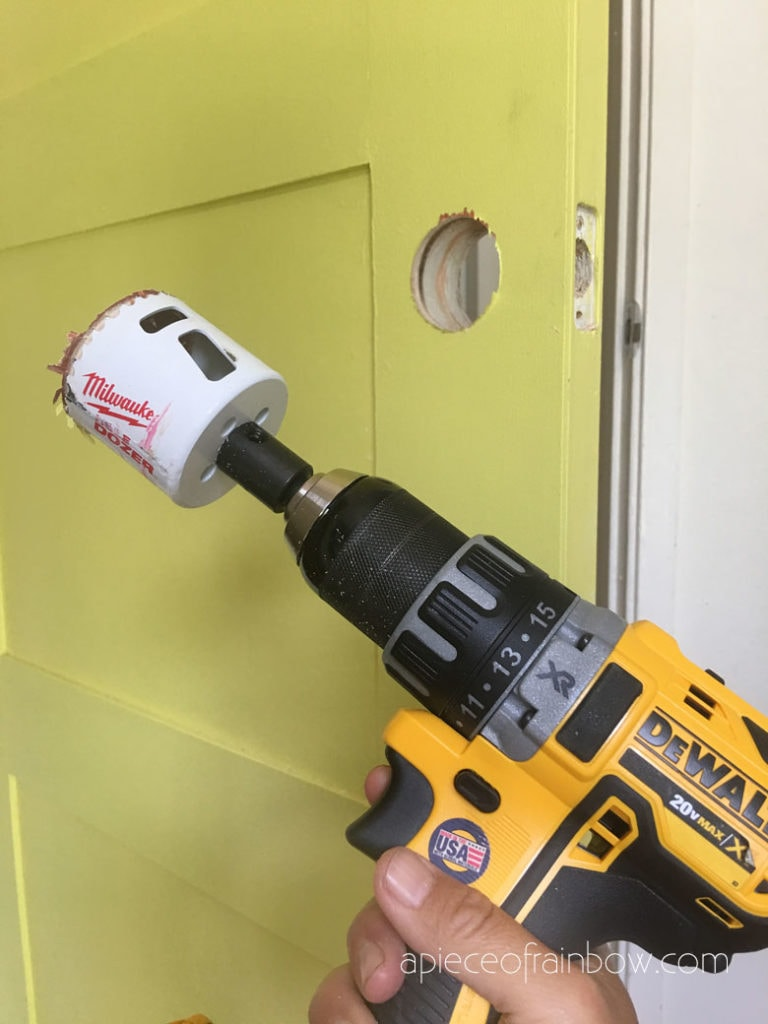 how to add door knob using hole saw