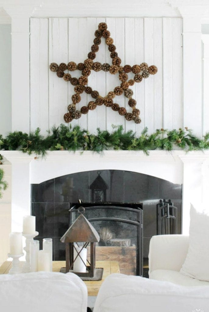 easy DIY pine cone star Christmas wreath