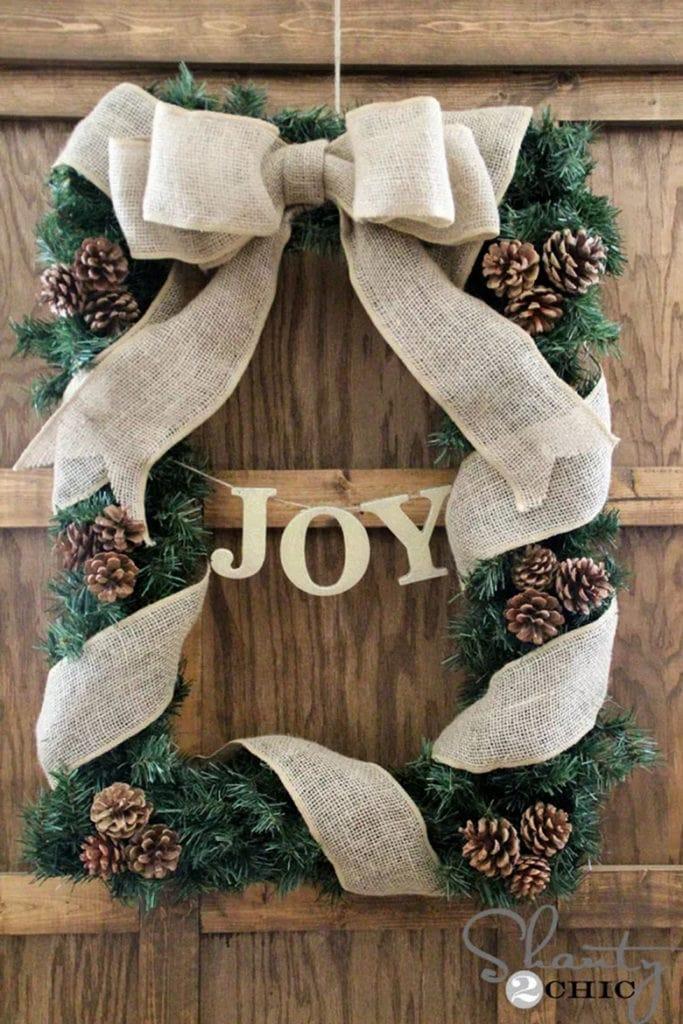 picture frame DIY burlap Christmas wreath