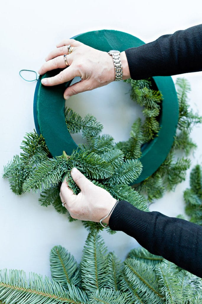 how to make a fresh flower Christmas wreath on floral foam