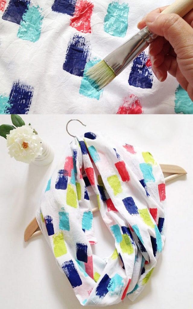 Faire une magnifique écharpe peinte à la main pour maman