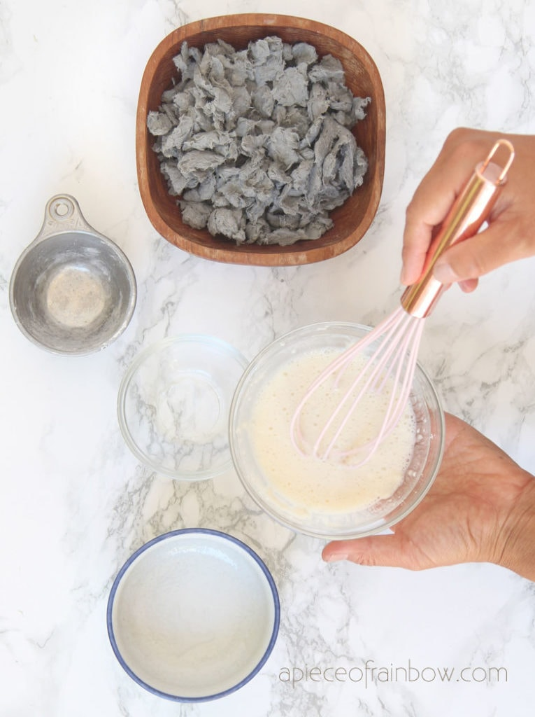 Mix  flour with water and add to paper pulp