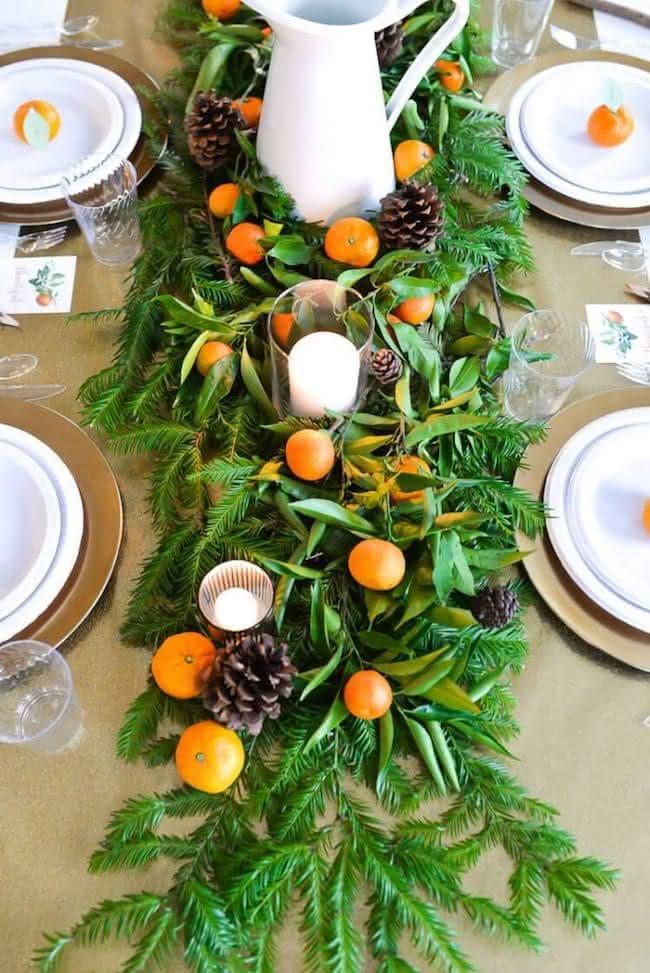 Edible Thanksgiving table decor ideas with citrus garland