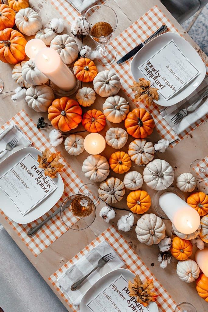 table setting inspired by autumn colors